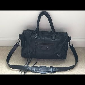Balenciaga classic twiggy boston bag (Almost New)